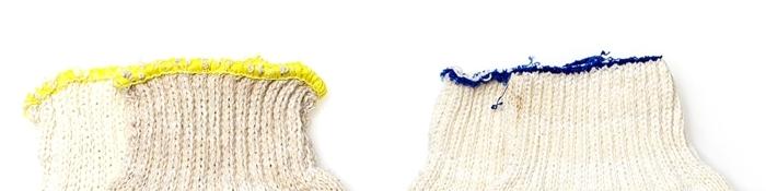 Пример ручного и машинного оверлока на манжете перчатки